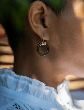Boucles d'oreille courtes Pata Pata