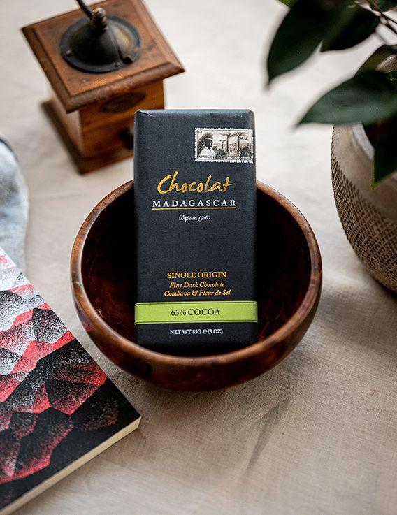 Chocolat Noir 65% au Combava et Fleur de Sel - Chocolaterie Robert © Christine Picard