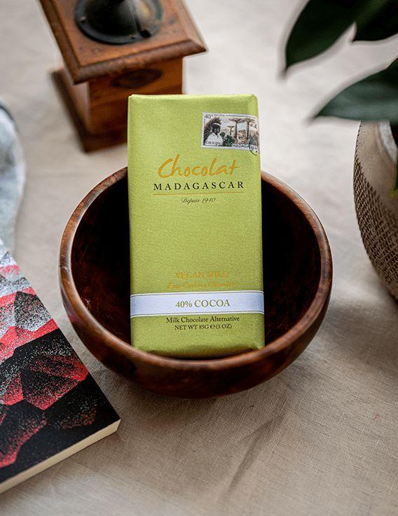Chocolat Vegan au lait de Cajou 40% Cacao  La chocolaterie Robert © Christine Picard