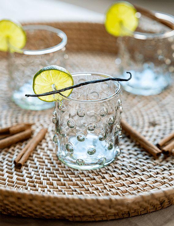 Verre Bulles à eau - transparent neutre Madam Stoltz © Christine Picard