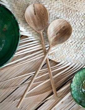Couverts à salade en bois de manguier © Christine Picard