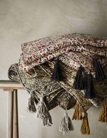 Plaid en coton imprimé et pompons 140x200 cm Madam Stoltz